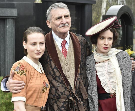 Martin Huba se svými filmovými dcerami