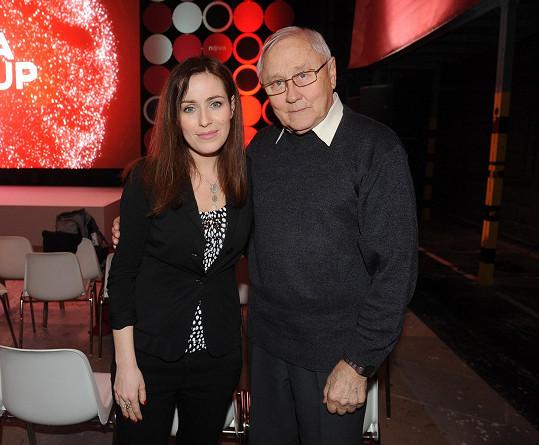 Televizní diváci znají Soňu Norisovou hlavně ze seriálu Policie Modrava. Na snímku s kolegou Jaroslavem Satoranským.