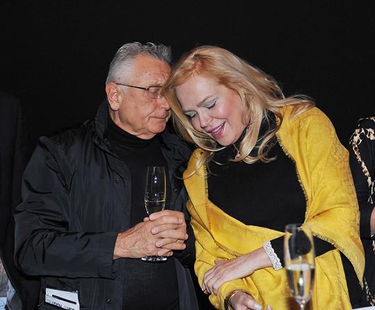Herečka byla velmi potěšená, že na akci potkala režiséra Jiřího Menzela.