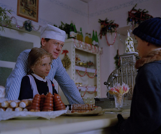Sandra si zahrála cukrářovu dcerku Evičku.