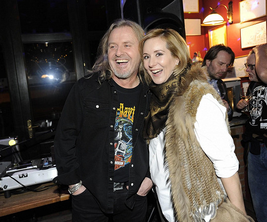 Jovanka s manželem Pepou Vojtkem na vánoční párty