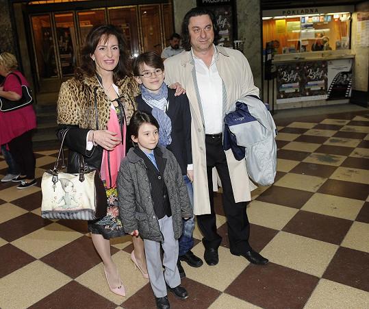 Filip se svojí skutečnou rodinou