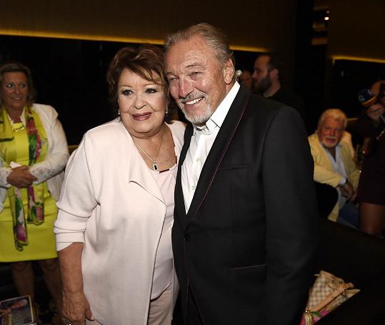 Jiřinu Bohdalovou a Karla Gotta pojilo mnohaleté přátelství.