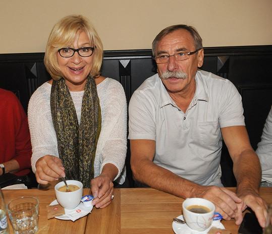 S Janou Paulovou jsou vyhlášený divadelní pár. V Kalichu hrají 20 let.
