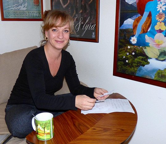 Herečka se o svém dospívání rozpovídala ve 13. komnatě.