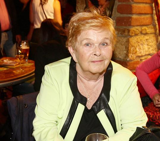 Ivanka Devátá je nejen herečkou, ale také úspěšnou spisovatelkou.