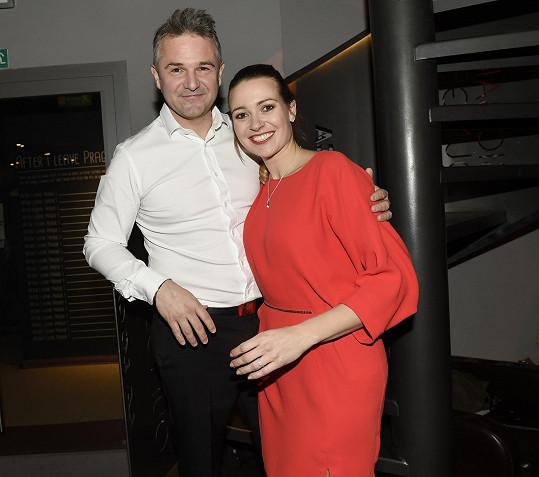 Eva Čerešňáková s partnerem Martinem Ditmarem vedou Českou Miss.