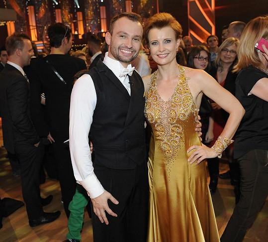 Jitka Schneiderová a Marek Dědík oslnili svým slowfoxem.