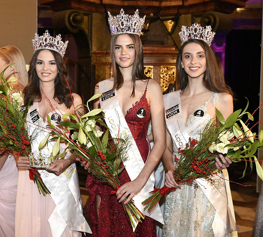 Vítězka Elen s I. vicemiss Look Bella 2019 Terezou Bohuslavovou a II. vicemiss Martinou Ondrůškovou