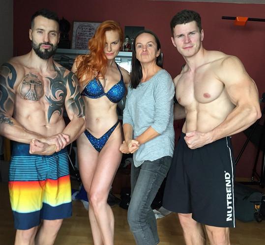S fotografkou Lenkou Hatašovou a trenérem a šampionem bodybuildingu Jakubem Prchalem