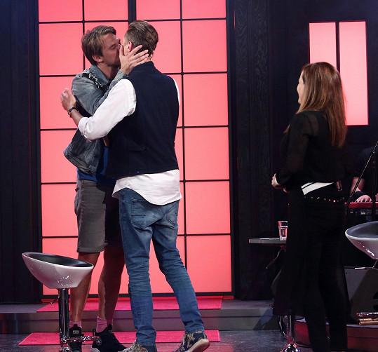 Klidně se i políbí.