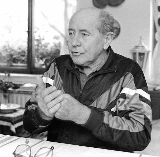 Emil Zátopek na archivním snímku z roku 1992