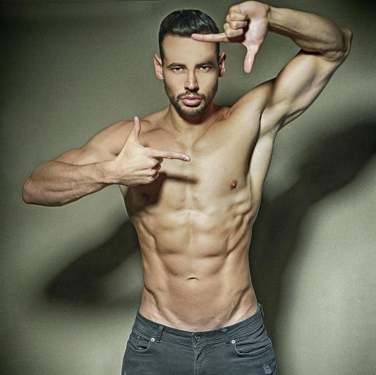 O Michala jako o modela je v komerční sféře stále velký zájem.
