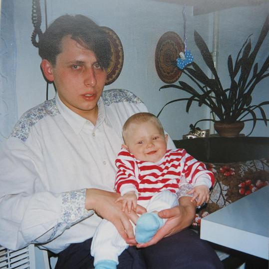 Otcem se stal v jednadvaceti letech.