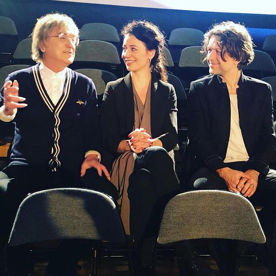 Dále si v klipu zahráli Dáša Zázvůrková a skladatel Honza Horáček (vpravo).