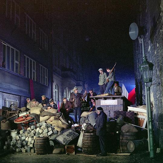 Seriál Byl jednou jeden dům reprízuje Česká televize.