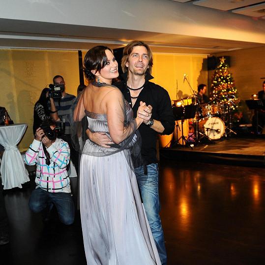 Jednou ze slavných žaček Čadkovy taneční školy bude i jeho manželka Jitka Čvančarová.