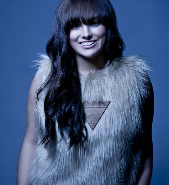 Držitelka šesti bronzových Slavíků, Ceny Anděl, cen Eska Music Awards, MTV Awards, Viva Comet a jiných ocenění, vyráží po úspěšném roce 2014 na své třetí samostatné tour po České republice.