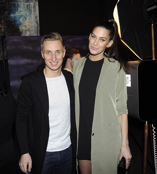 Aneta Vignerová přišla na párty s přítelem Michalem Zemanem.