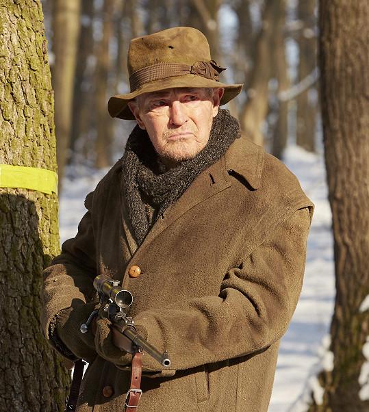 Jan Tříska v seriálu Drazí sousedé