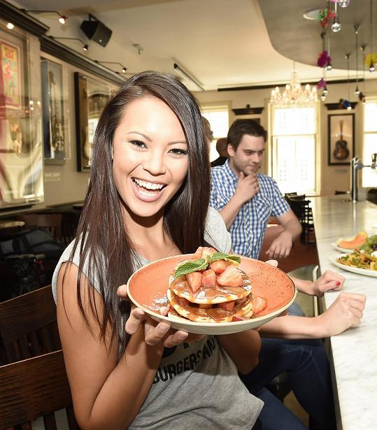 Monika prý příteli nejčastěji připravuje asijská jídla.