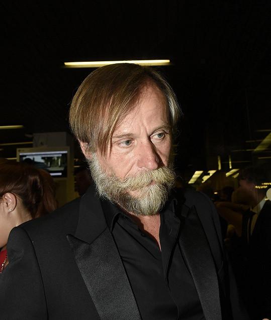 Ještě nedávno si Karel Roden kvůli roli v jiném filmu pěstoval plnovous.