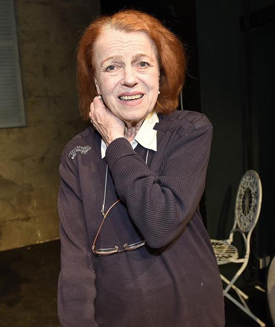 Iva Janžurová chystá premiéru hry Božská Sarah o herečce Sarah Bernhardt v Divadle Kalich.