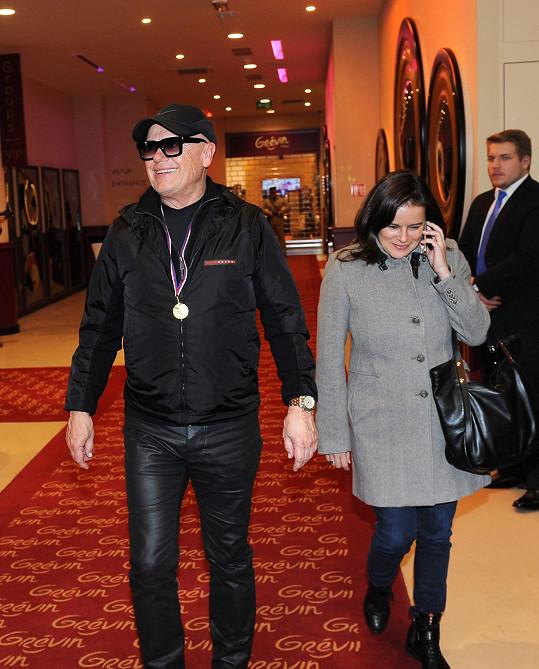 Jiří Korn s partnerkou Renatou