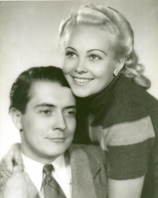 Na konci třicátých let patřili Antonín Novotný a Jiřina Sedláčková k oblíbeným filmovým idolům.