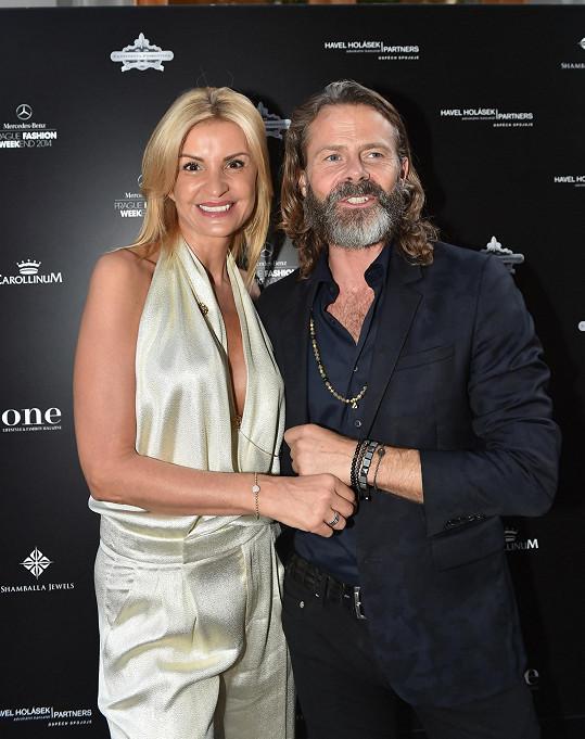 Tamara s návrhářem luxusních šperků