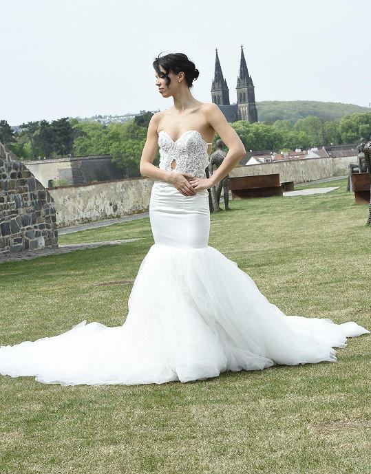 Radka ve svatebních šatech