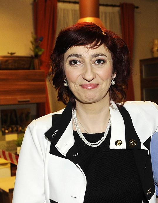 Simona Babčáková jako namyšlená snobka Renáta Tréblová