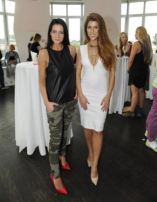Victoria s Andreou Pomeje na párty