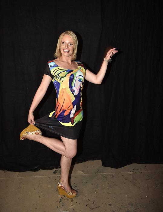 Kristina je původní profesí tanečnice.