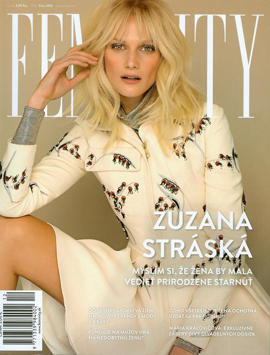 Stráská pracuje pro módní magazín.