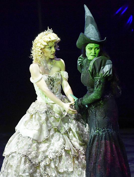 V této dvojici si zpěvačky zahrály i premiérové role Glindy a Elphaby.