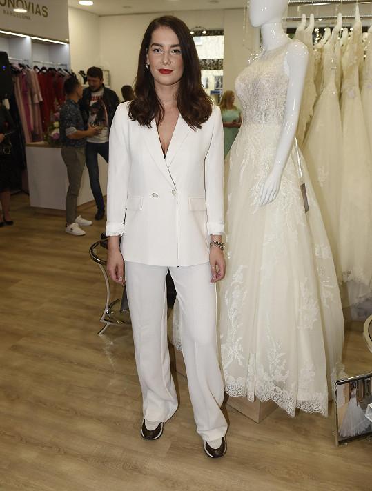 Nikola Buranská organizovala přehlídku svatebních šatů.