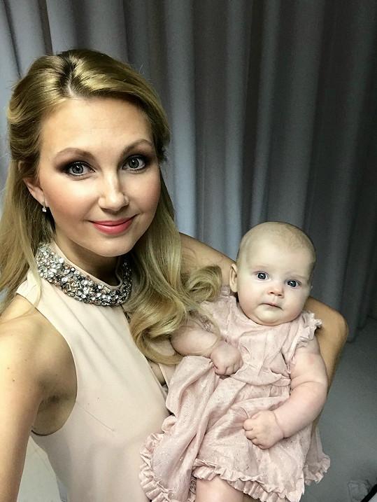 Sandra Parmová s dcerkou Emily