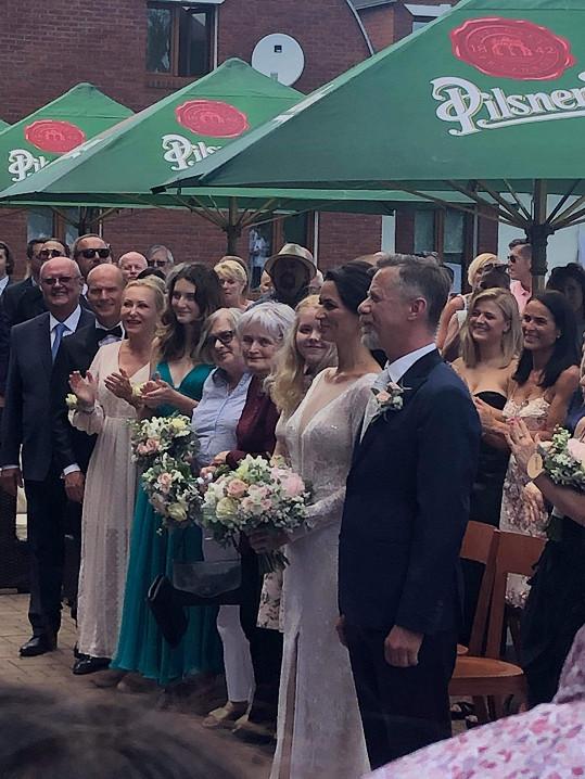 Adéla Gondíková a Jiří Langmajer jsou novomanželé.
