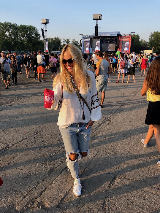 Renata Langmannová ví, že pokud volíte džíny, musí být s pořádnou patinou.