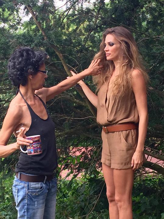 O styling a make-up se postarala velmi zkušená vizážistka Soňa Zuberová.
