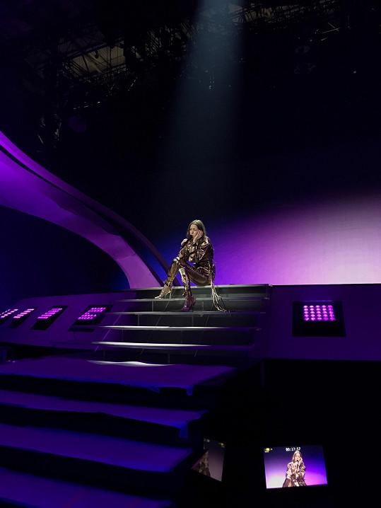 """""""Pro mě je účast na Eurovizi obrovskou výzvou. Největší hudební projekt, na kterém jsem se kdy podílela,"""" říká Bárta."""
