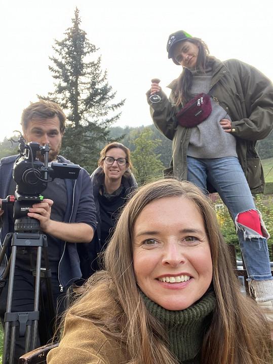 Natáčení probíhalo v malebné krajině na Liberecku.