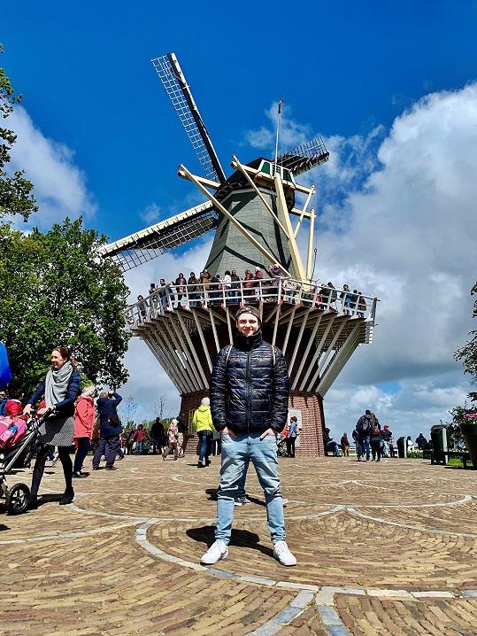 Herec na výletě v Holandsku