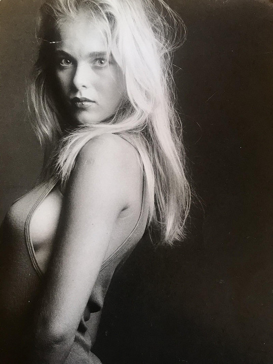 Lucie Benešová se pochlubila fotkou z doby, kdy zkoušela modeling. Bylo jí 15 let.
