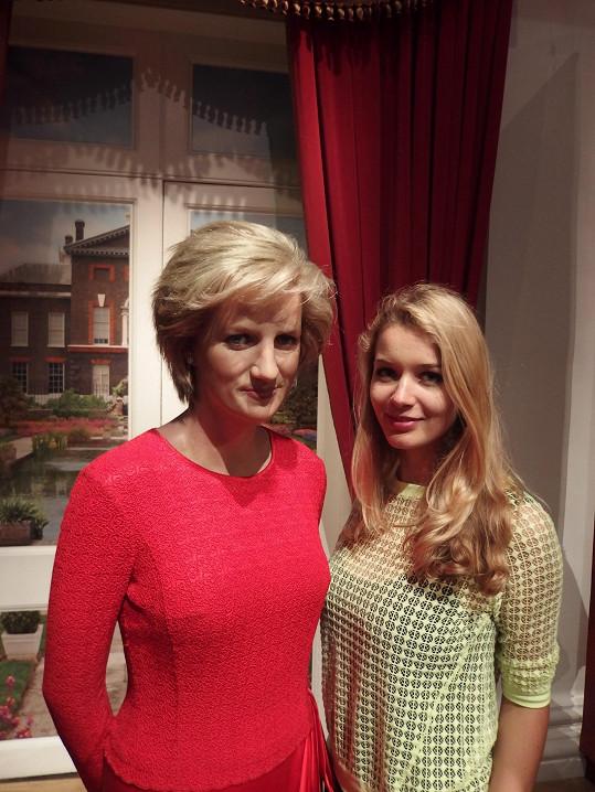 S figurínou Lady Diany