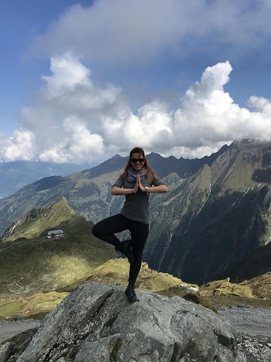 V nádherném středisku Zell am See vyjela lanovkou až na vrchol, 3 029 metrů nad mořem.