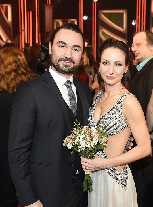 Veronika měla podporu v manželovi Biseru Arichtevovi.