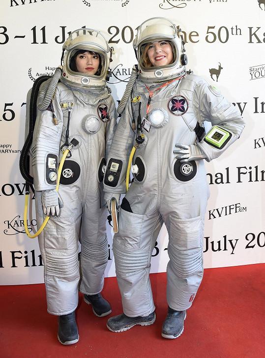 Tereza Nvotová s Petrou Nesvačilovou tři týdny natáčely v Utahu ve skafandru.