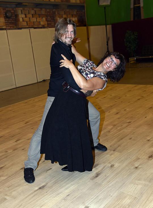 Čadek hodnotí Cajthamlovou jako talentovanou tanečnici.